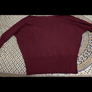 Sweaters - SELLING Burgundy sweater from Dynamite